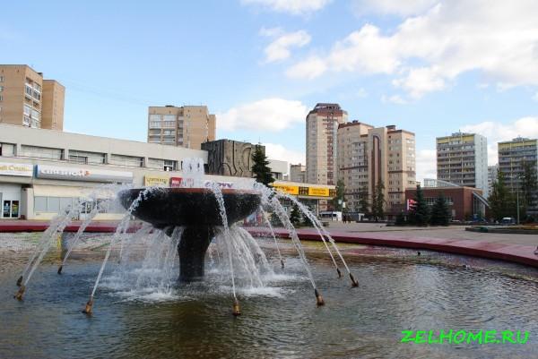 зеленоград фото - Вид на площадь Юности.