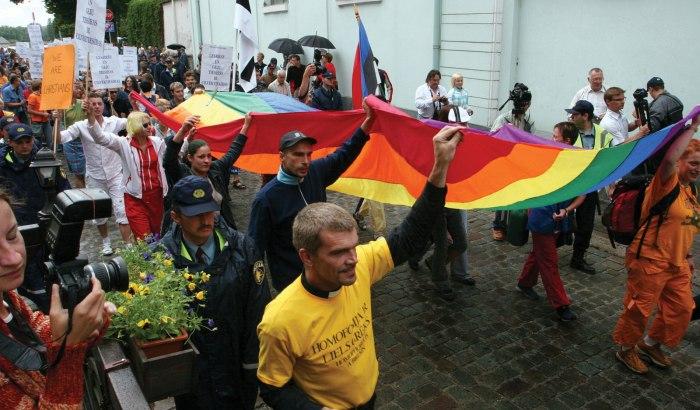 геи актив в зернограде